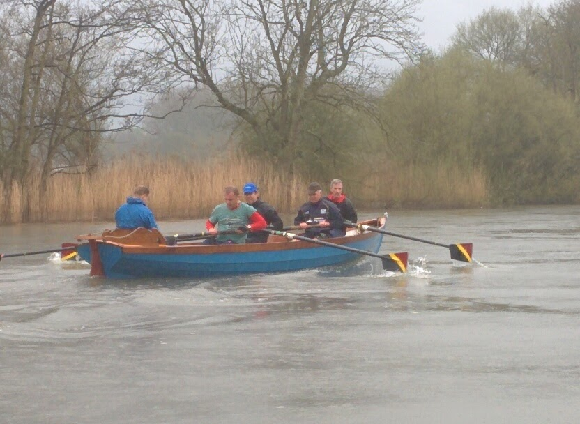 Row in the rain (again)